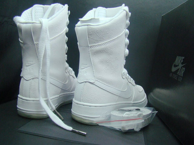 EXCLUSIVE NIKE AIR FORCE 1 BOOTS