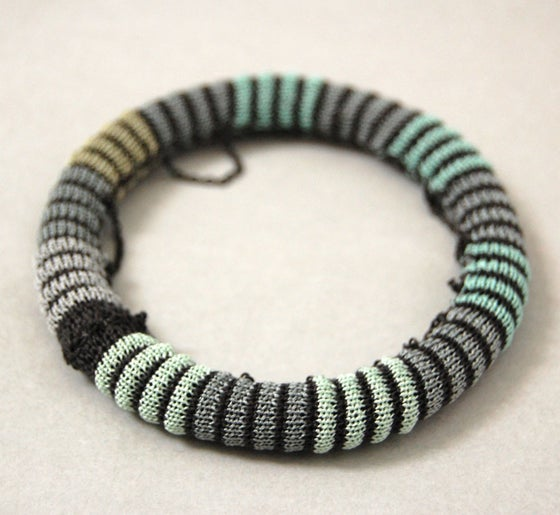 Image of Pixels Chain Bangle COLOUR 5