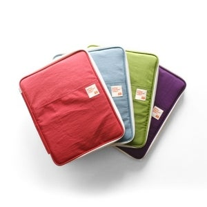 Image of Better together smart pouch
