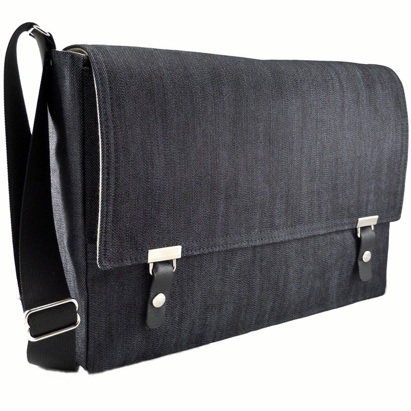 "Image of 13"" / 15"" / 17"" Laptop Messenger in dark denim"