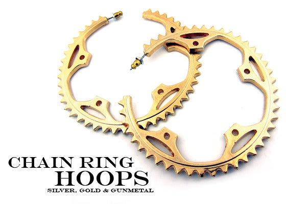 Image of CHAIN-RING HOOP EARRINGS