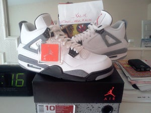 Image of Air Jordan 4 Retro - Cement - size 10