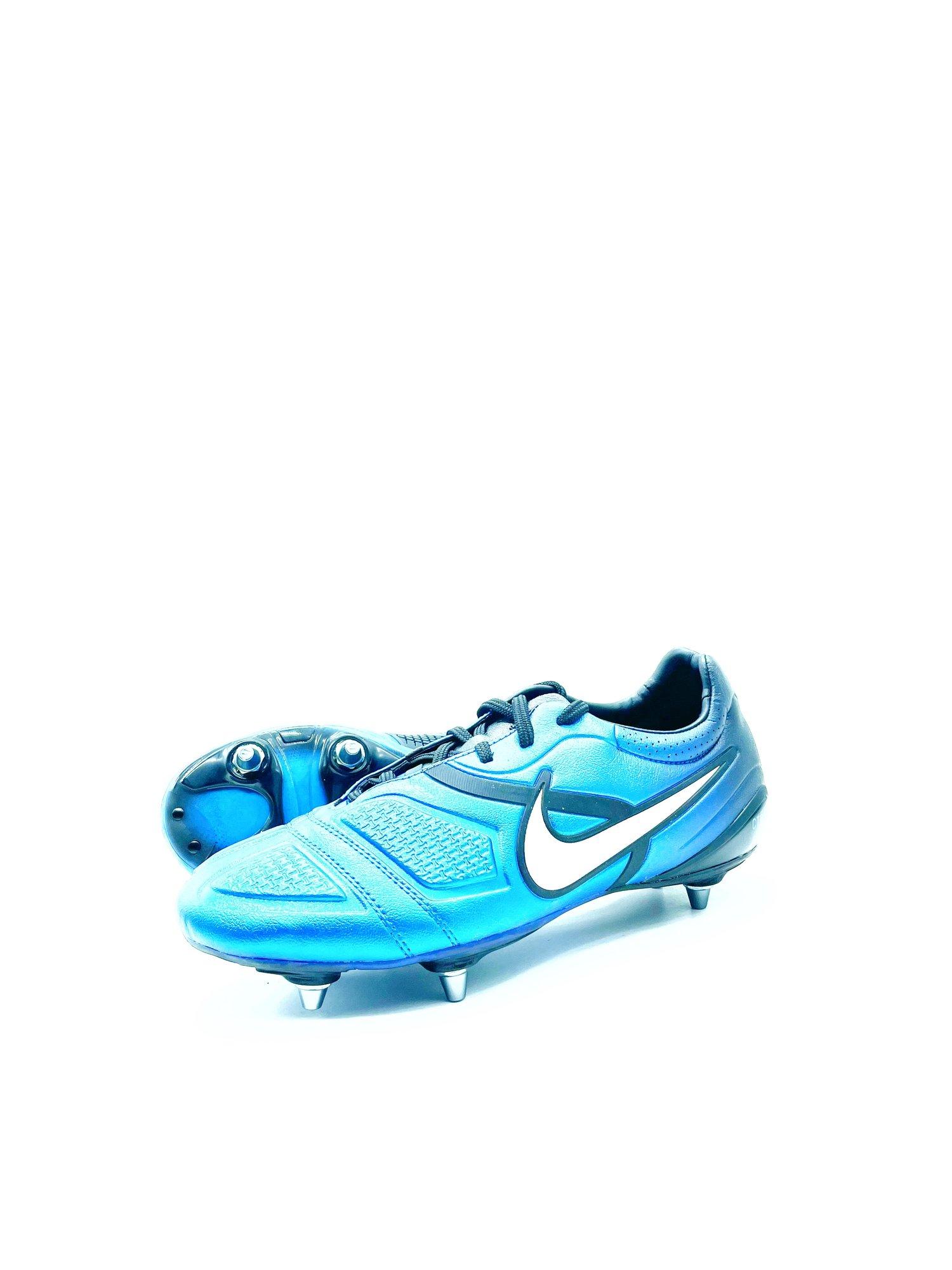 Image of Nike Ctr360 Maestri Sg