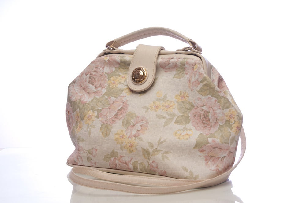 Image of Vintage looking floral purse (FREE SHIPPING)