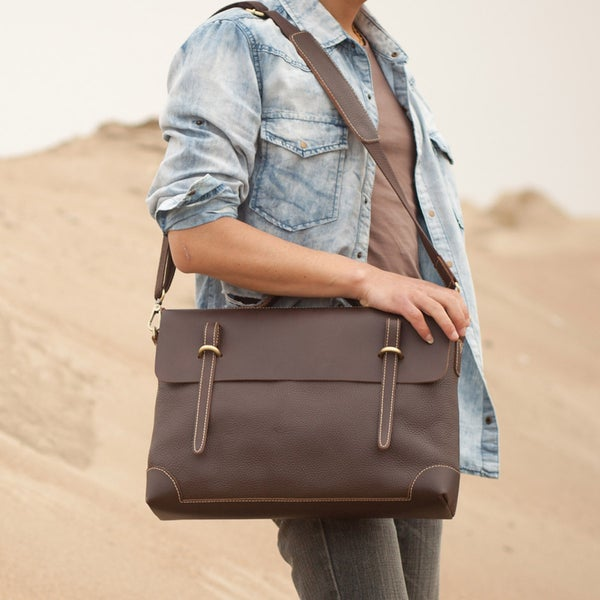 "Image of Handmade Genuine Leather Briefcase Messenger 14"" Laptop / 15"" MacBook Bag in Dark Brown (n4-2)"