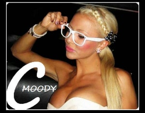 Image of MOODYClothing / The Face - Image will be on T-Shirt