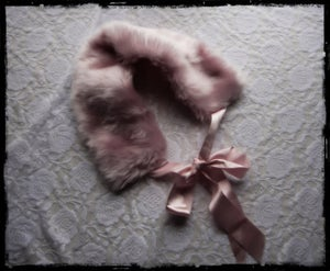 Image of Pink Faux Fur Collar with Ribbon 1920s pin up style