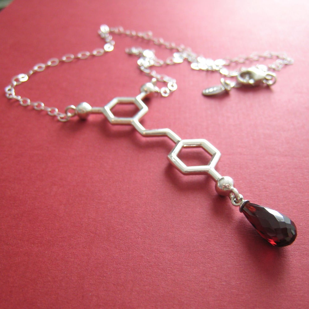 Image of resveratrol necklace