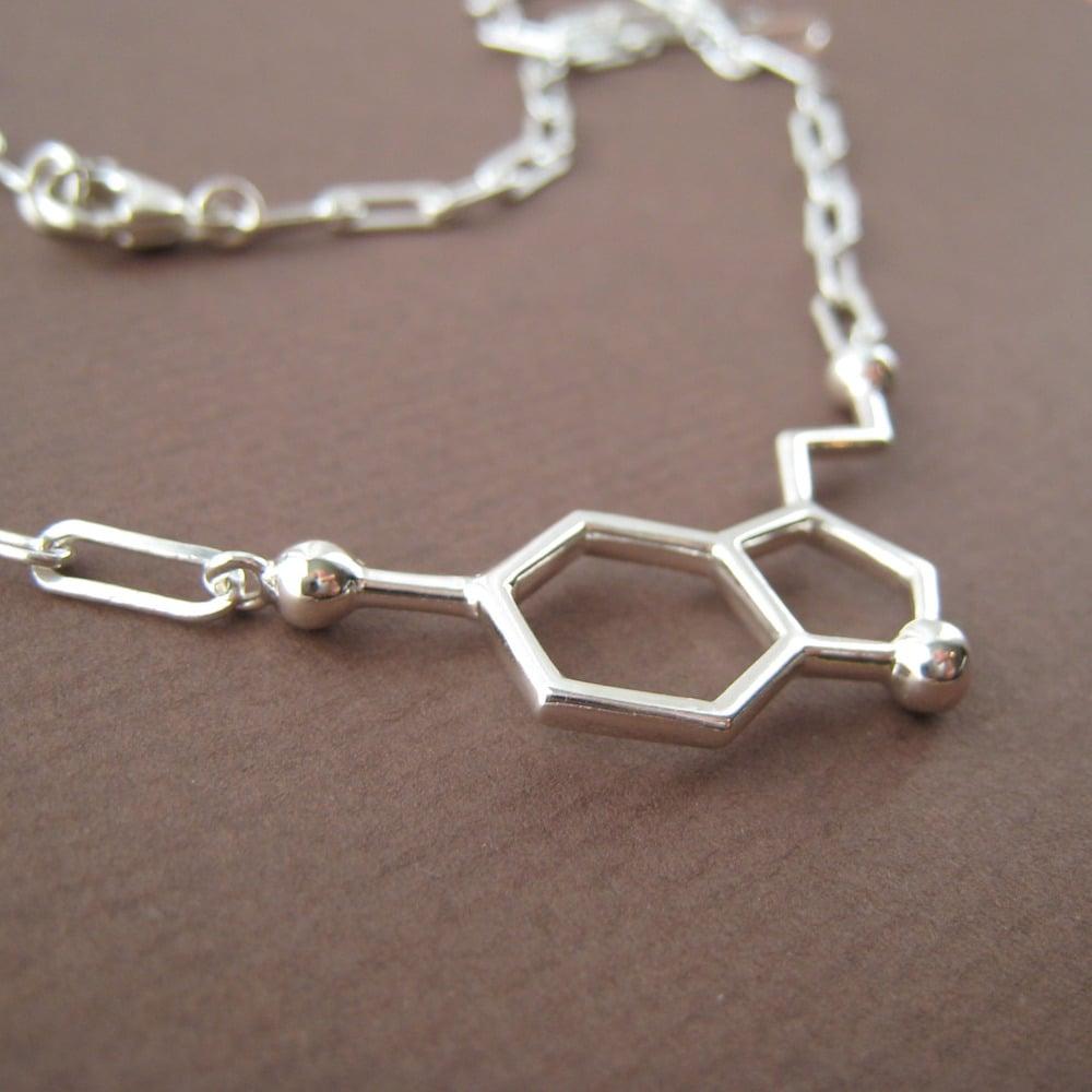 Image of serotonin necklace - chunky