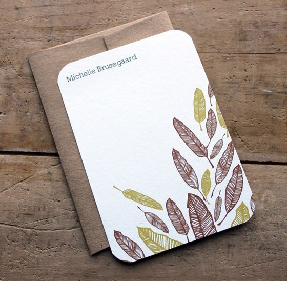 Image of  Set of 10 personalized flat notes- Feathers-recycled