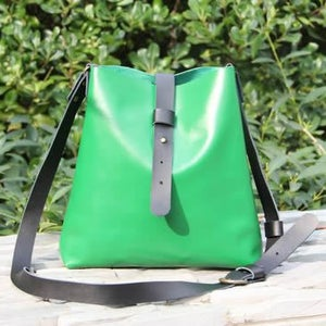 Image of Handmade Artisan Genuine Leather Messenger Bag Satchel in Green - Pail Bag - Unisex (m15)