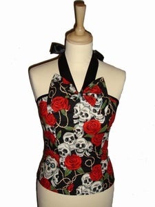 Image of Skull and Hearts Bow tops