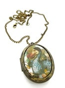 Image of Alice in Wonderland Dodo Locket