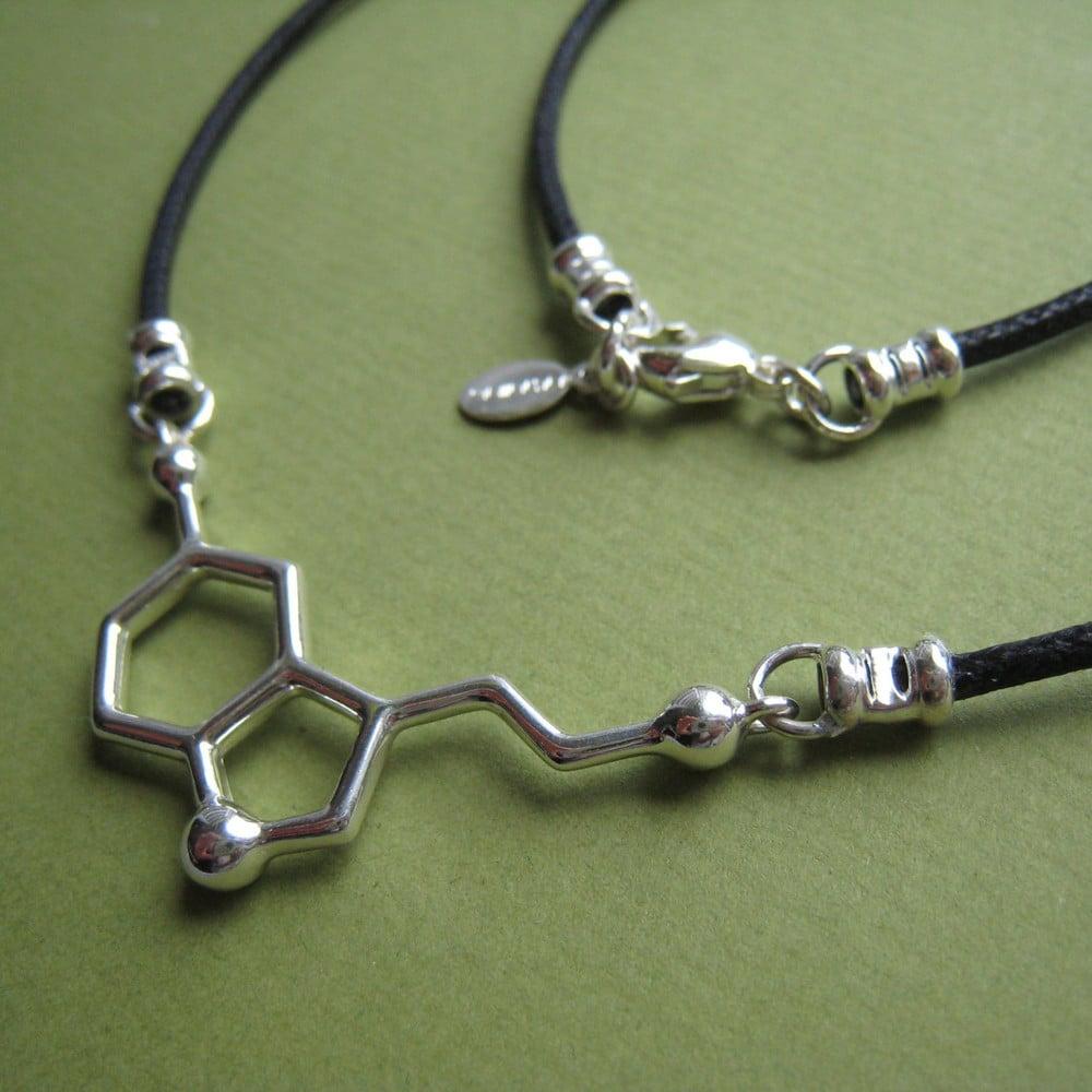 Image of serotonin necklace - black