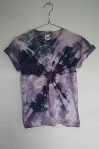 Image of HAND MADE TIE-DYE T-SHIRT. UNISEX. SIZE SMALL [7]