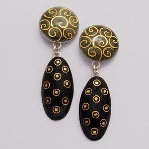 Image of Oval Drop Earrings