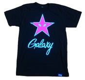 Image of PINK STAR TEE IN BLACK