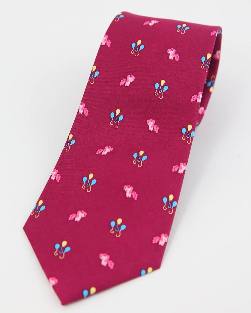 Pinkie Tie