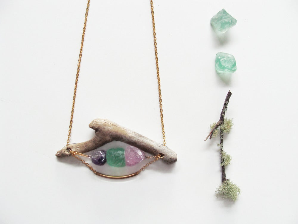 Image of Driftwood & Raw Mineral Necklace | NZ dlls