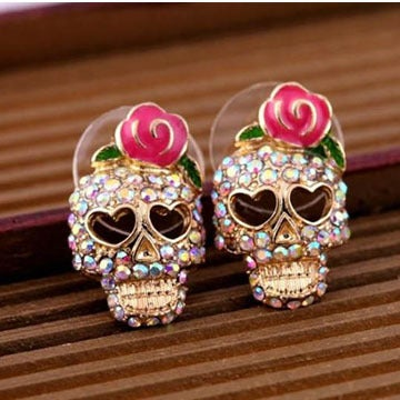 Image of Rhinestone Love Heart Shape Eyepit Skull Wearing Rose