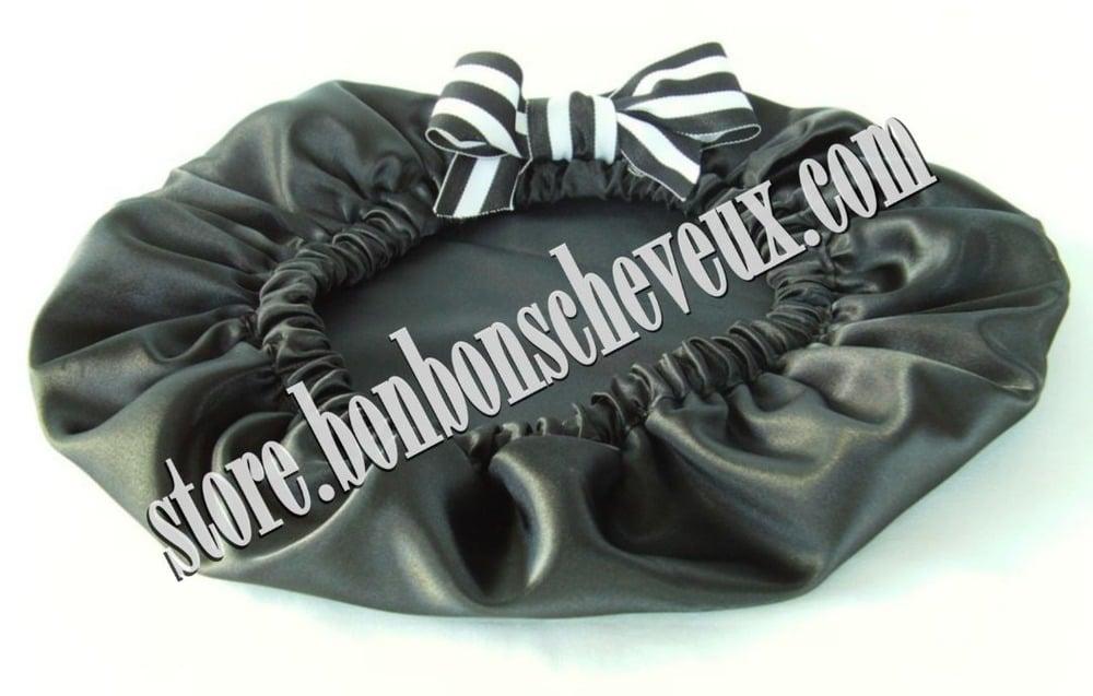 Image of Black Taffy BonBons