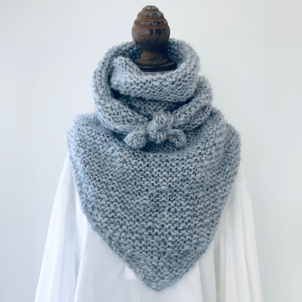 Image of The Astrid Chunky Wrap - Light grey