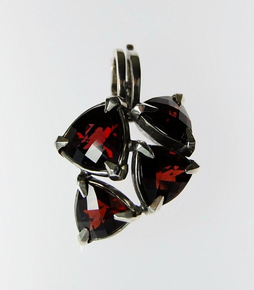 Image of Tratti Amaranto Pendant