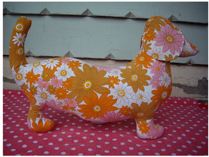 Image of Pink/Orange Flower - Sausage dog