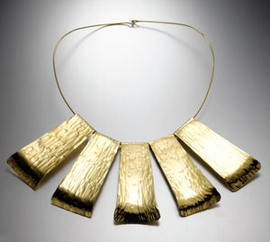 Image of Large Collar Wide Gold