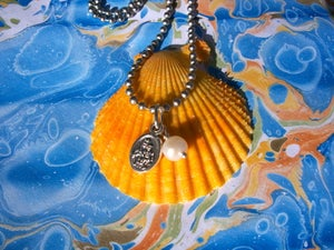 Image of LITTLE PRAYER necklace