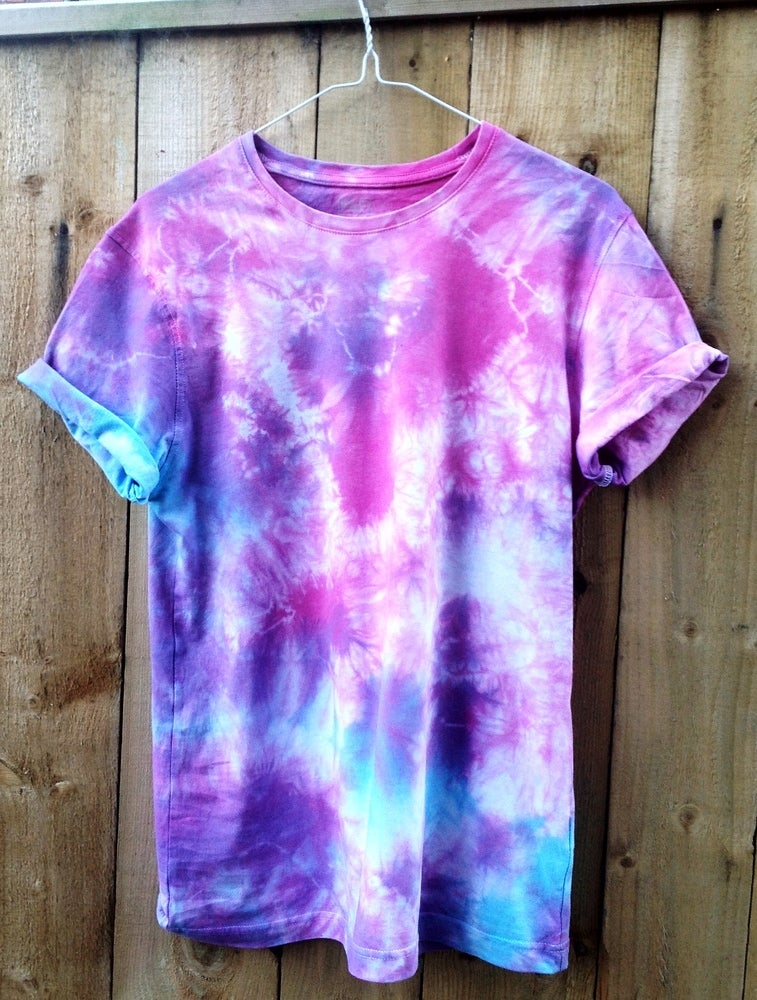 Famous Wonderland Apparel — Blue, Purple and Pink Tie Dye Short Sleeved T  AA45
