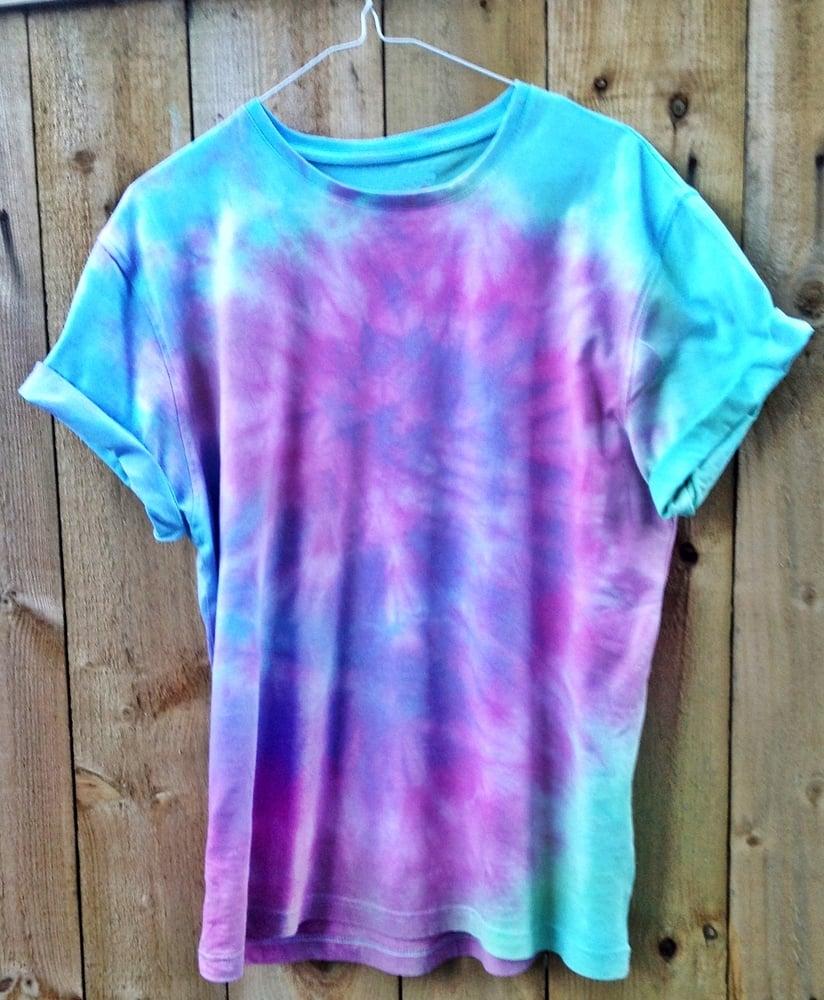 Top Wonderland Apparel — Swirl Blue, Pink, Purple and Green Tie Dye  FV49
