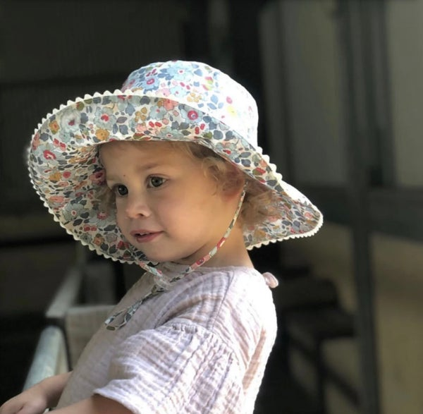 Image of Charlie Bucket Hat in Betsy P