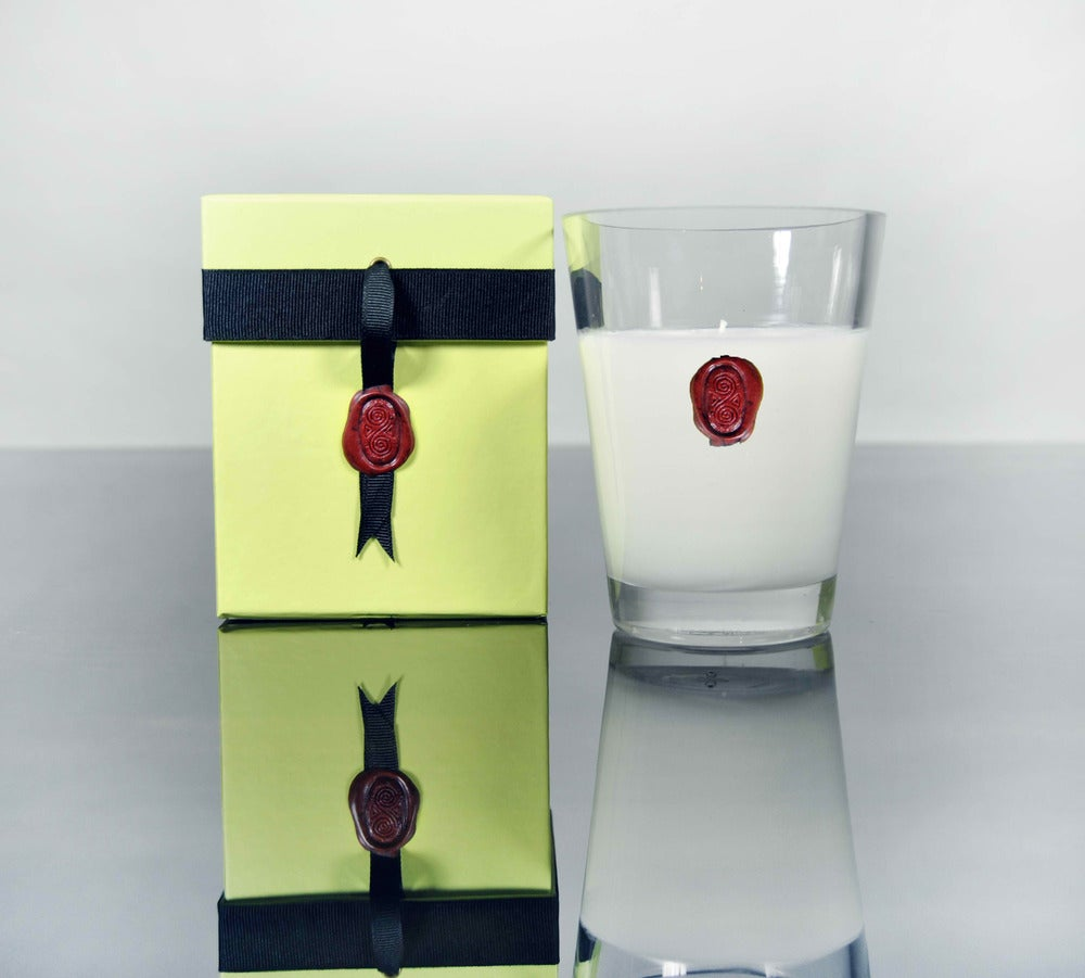 "Image of 5"" Vestacha International Candle $40.00"