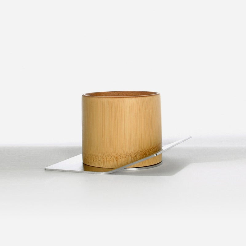 Image of Eating 003 (teacup)