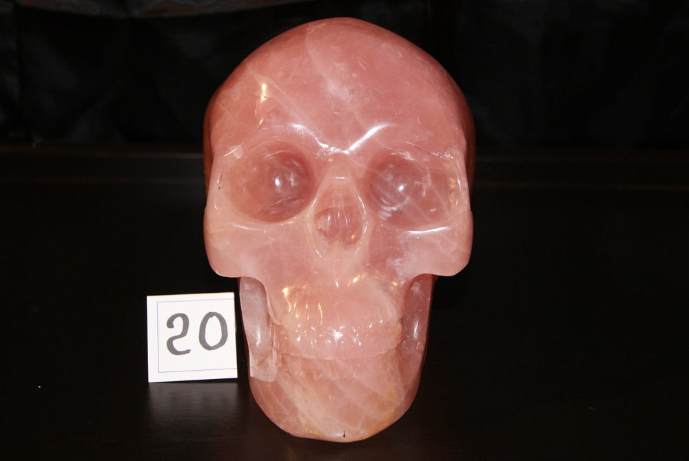 Image of Crâne de Quartz Rose 4,300 Kg