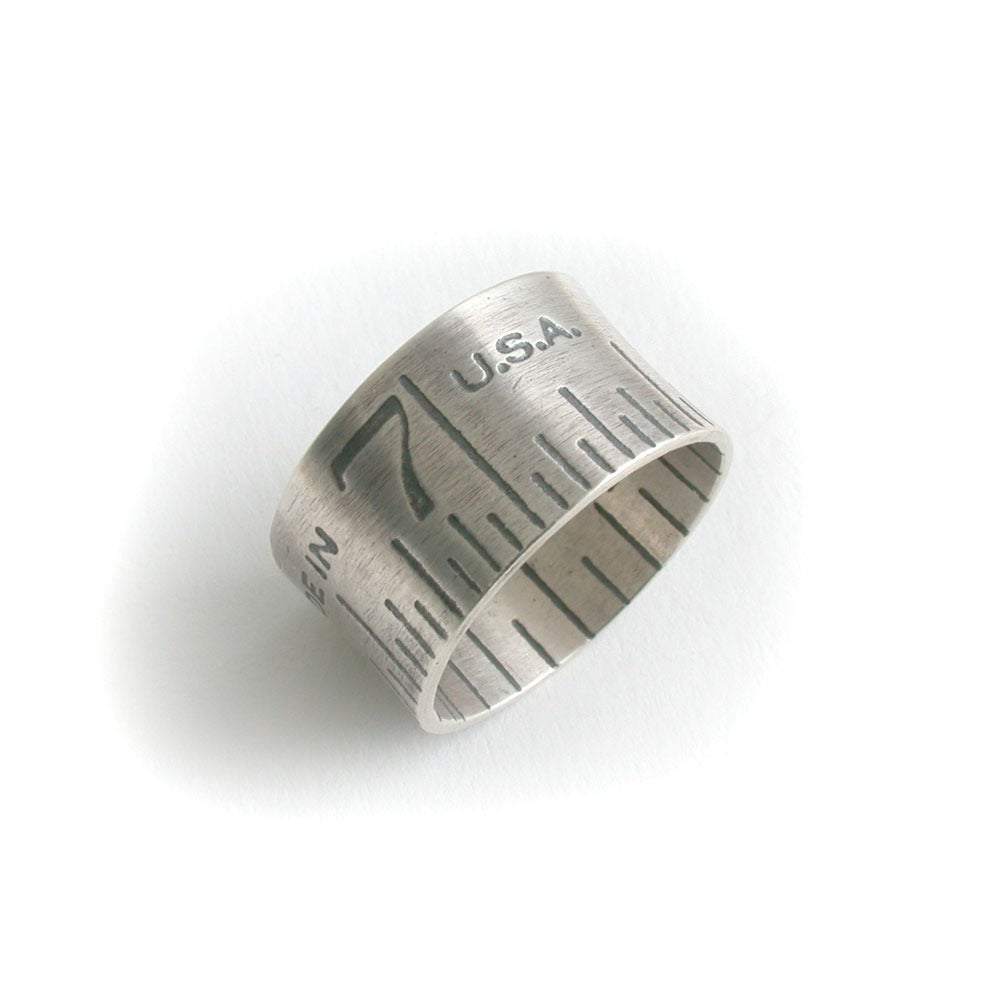 Image of wide ruler ring