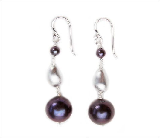 Image of ILI'ILI LARGE PEARL EARRINGS
