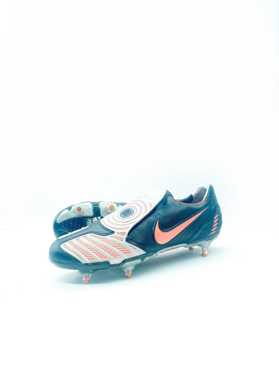 Image of Nike T90 III SG black