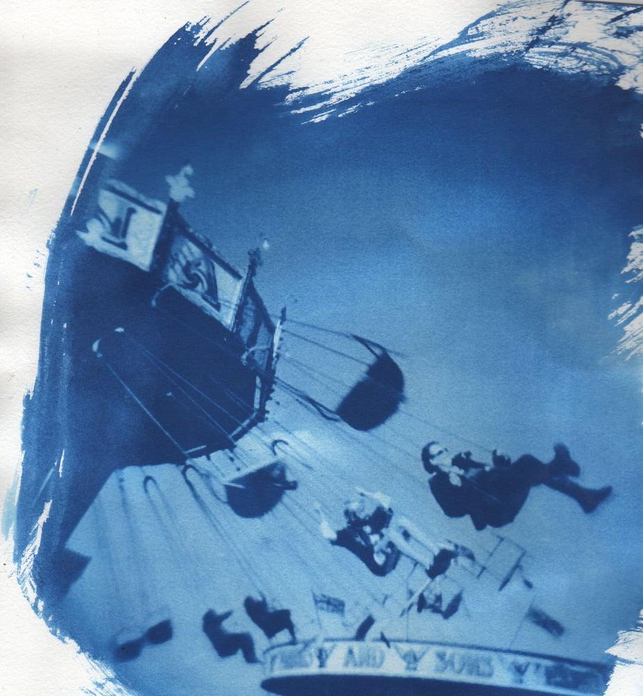 Image of blue four: Laurent Chambert/The Fractal Skulls