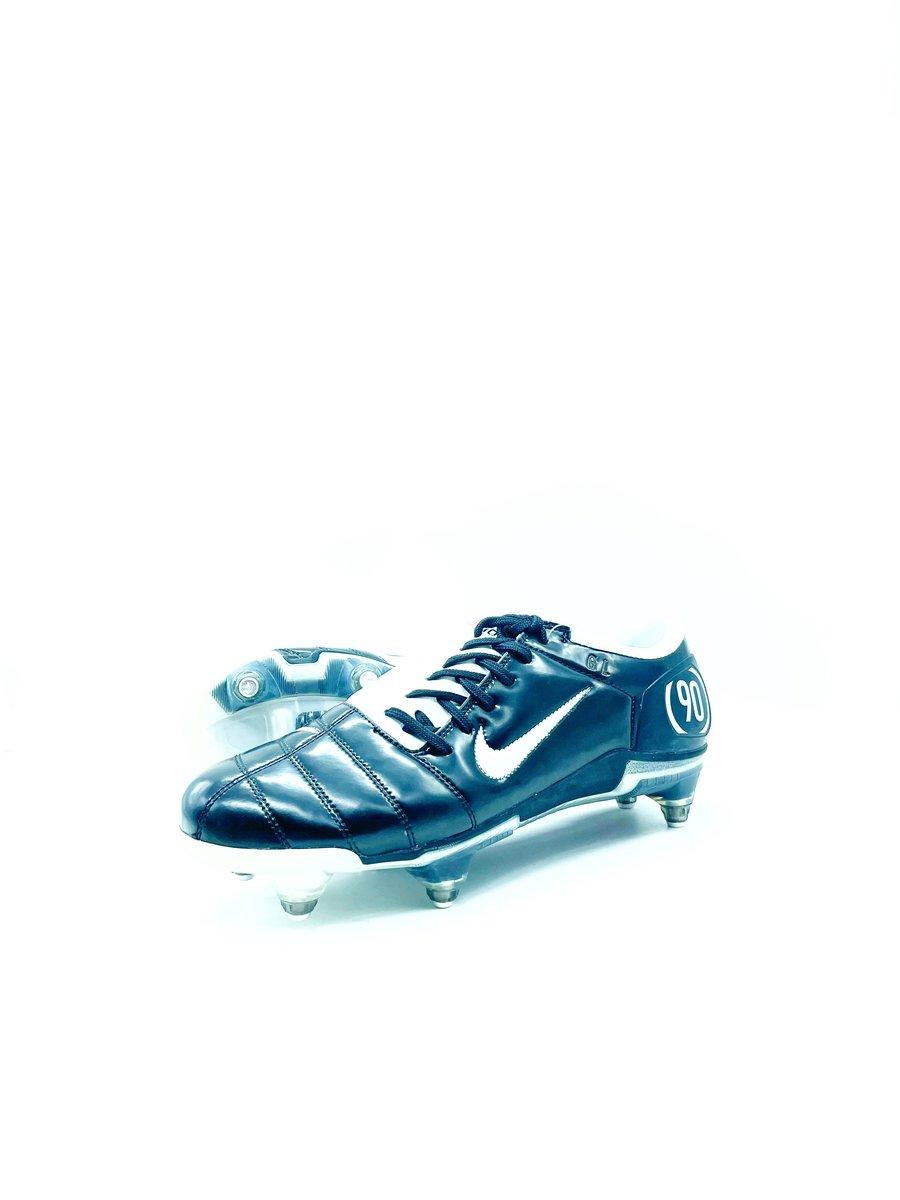 Image of Nike Total90 ID
