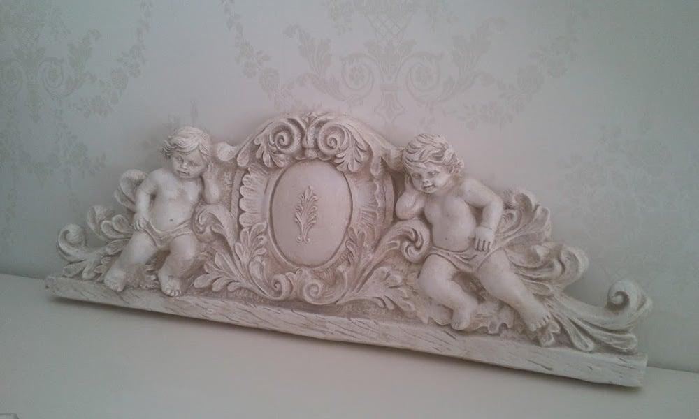 Image of Sopraporta in gesso con angeli (bassorilievo)