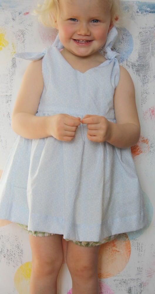 Rabbit Top-blue pattern