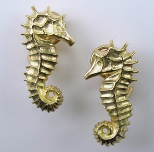 Image of Seahorse Earrings 18k Clip