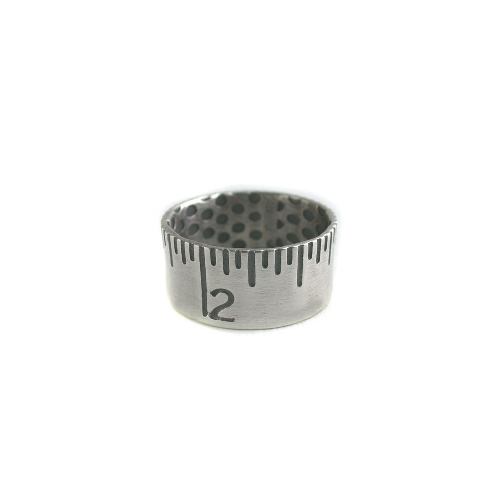 Image of ruler ring