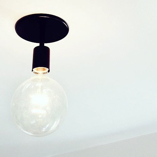Image of SIMPLE LIGHT