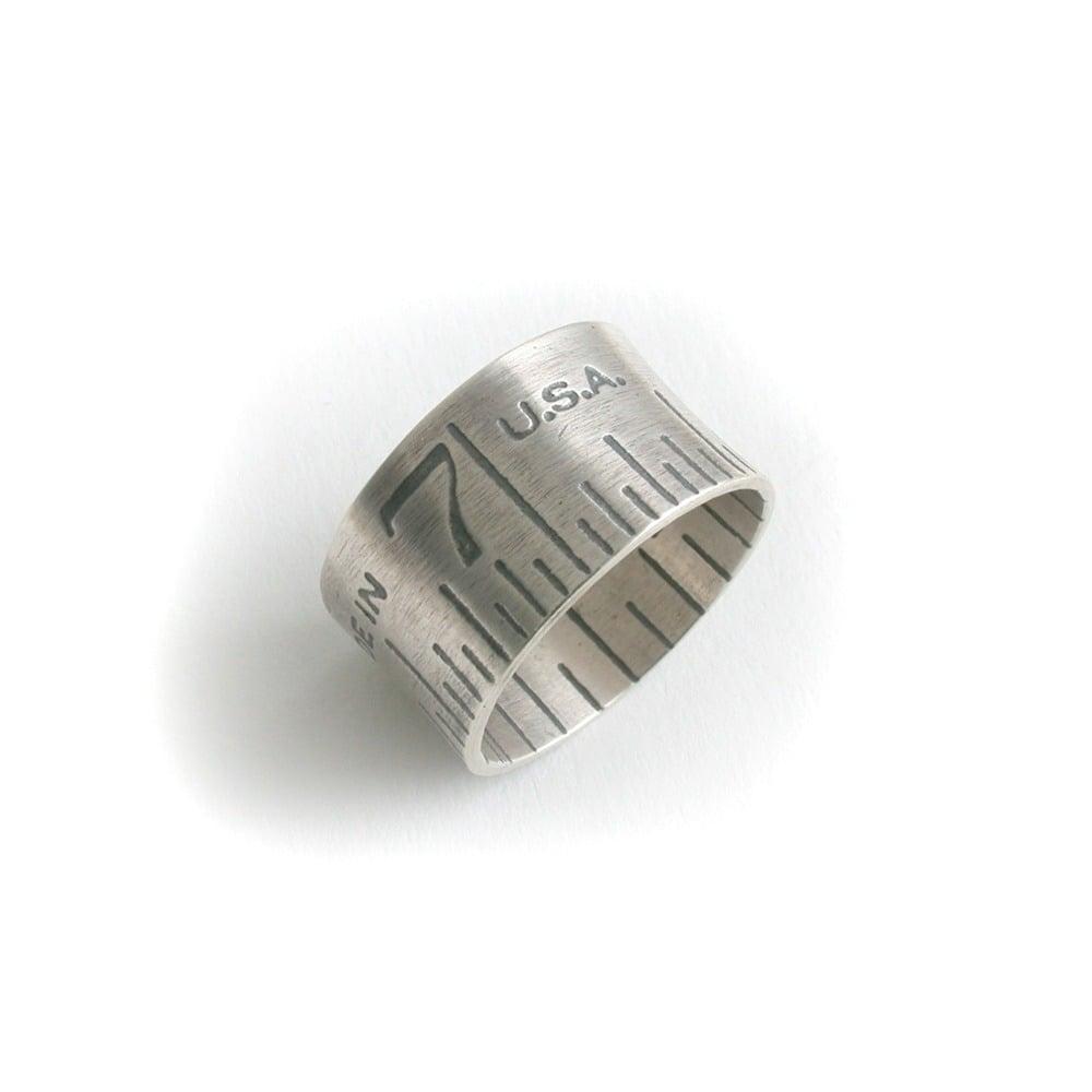 Image of wide ruler ring