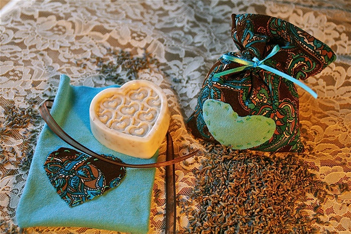 Image of Soap & Lavender Pouch Set