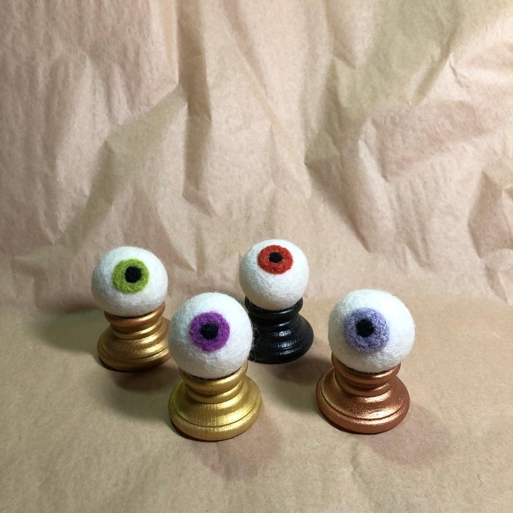 Image of decorative eyeball