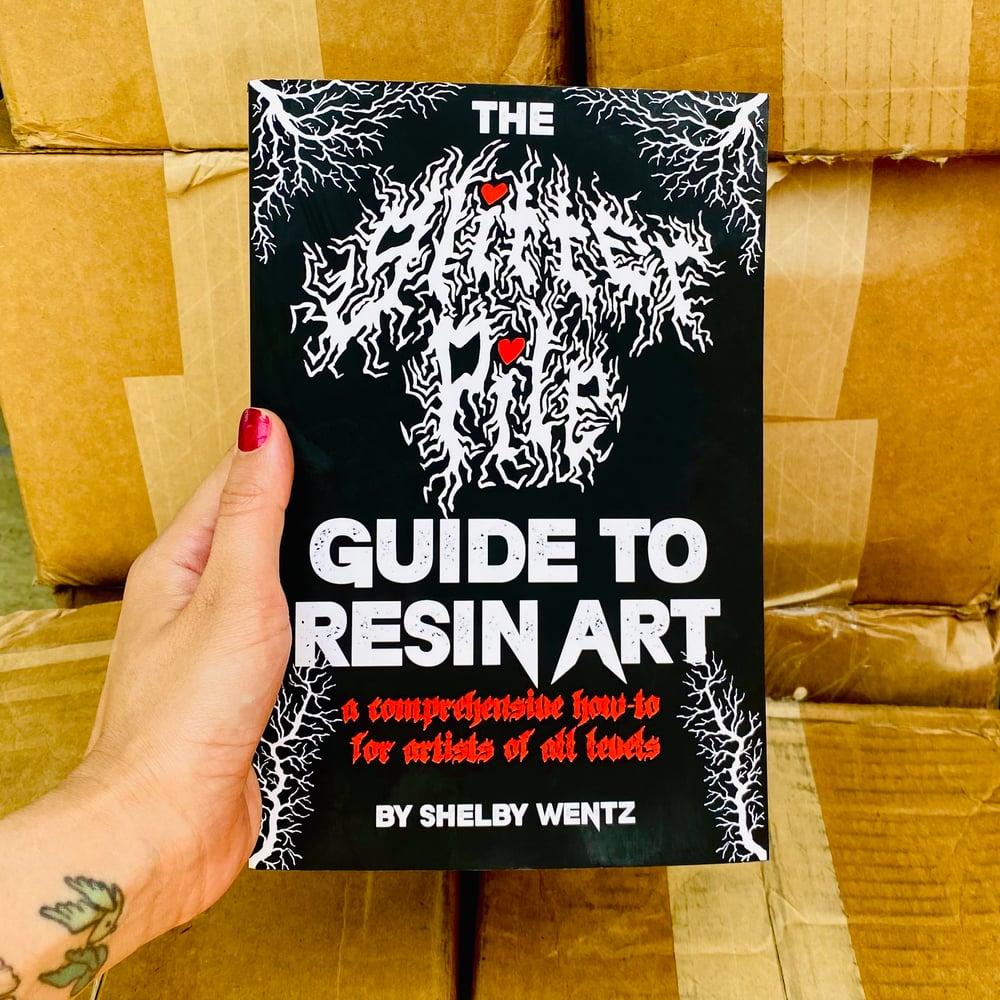The Glitter Pile Guide to Resin Art